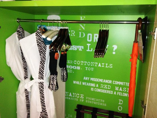 Kimpton Hotel Palomar Phoenix: Quirky robes and footies in the closet