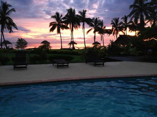 Waidroka Bay Resort :                   The pool