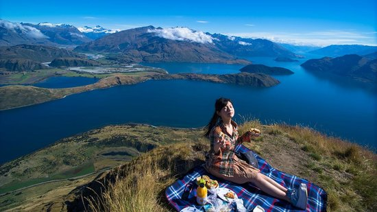 Wanaka Helicopters:                   Picnic