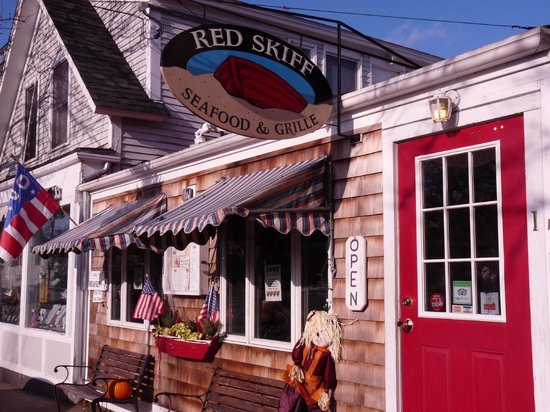 Red Skiff Restaurant: This is the place. It's as small as it looks