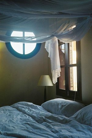 آنا ماندرا فيلاز دالت:                   The very comfortable bed                 