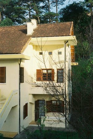 Ana Mandara Villas Dalat Resort & Spa :                   One of the villas