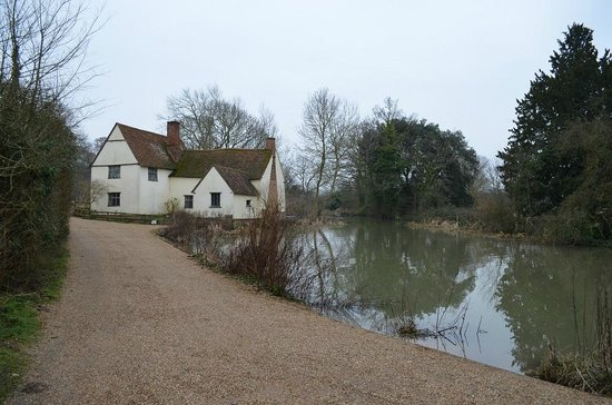 Flatford Mill: The classic shot