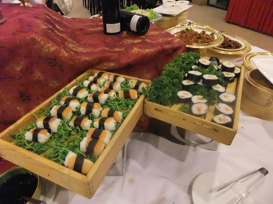 Four Points by Sheraton Lhasa: the buffet dinner at four points