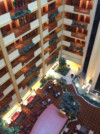 Hallway Of The 9th Floor Picture Of Embassy Suites