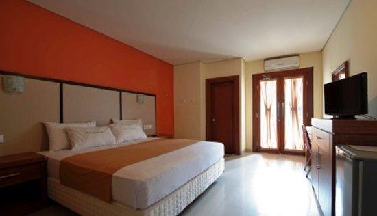 Sandat Hotel Legian : Deluxe Room size 28 sqm