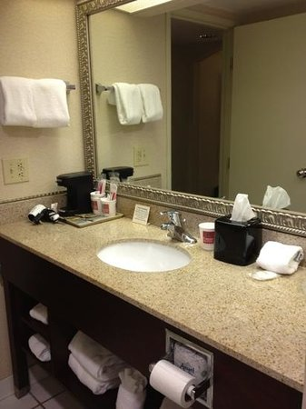 Comfort Suites Airport:                   Room 205