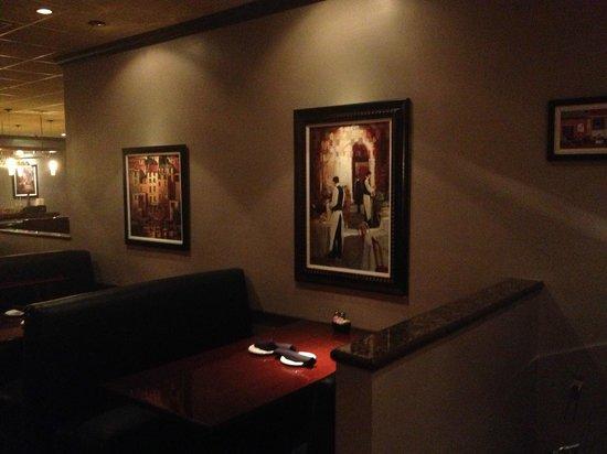Zuckerello's:                   dinning room