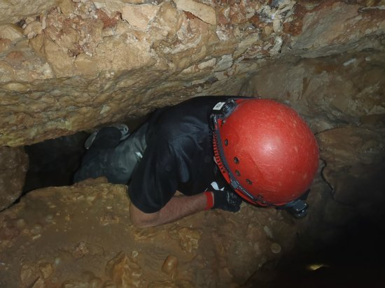 Ngilgi Cave:                   Lucky Dad has lost some weight