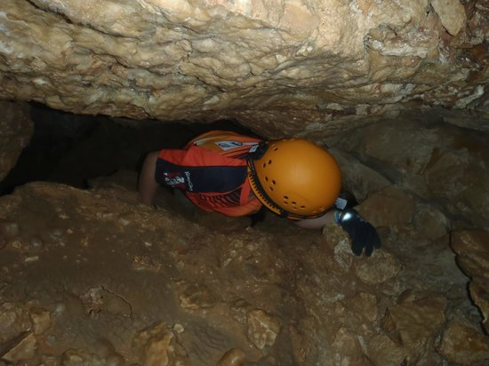 Ngilgi Cave:                   If you just fit how will Dad