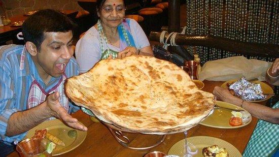 Peshawri :                   Peshwari's giant size Nan