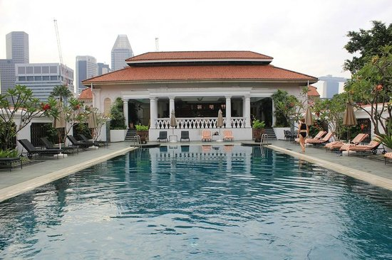 The Hotel Pool And Patio Where You Can Have Breakfast Picture Of Raffles Hotel Singapore