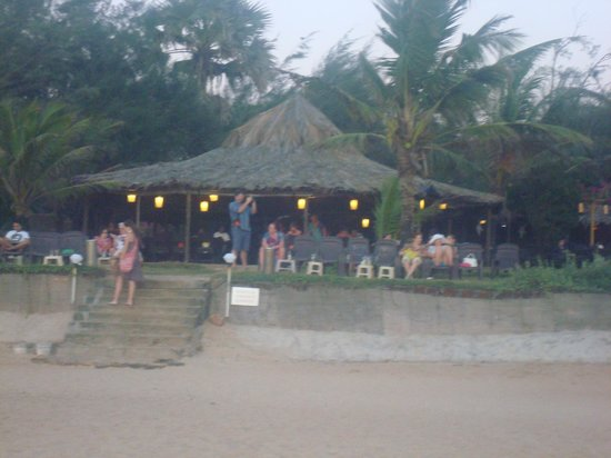 Chalston Beach Resort: Hotel's restaurant from the beach