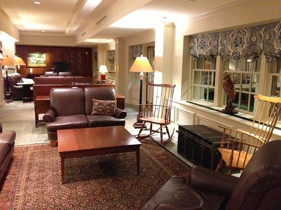 Williamsburg Lodge-Colonial Williamsburg:                   hotel lobby/lounge area