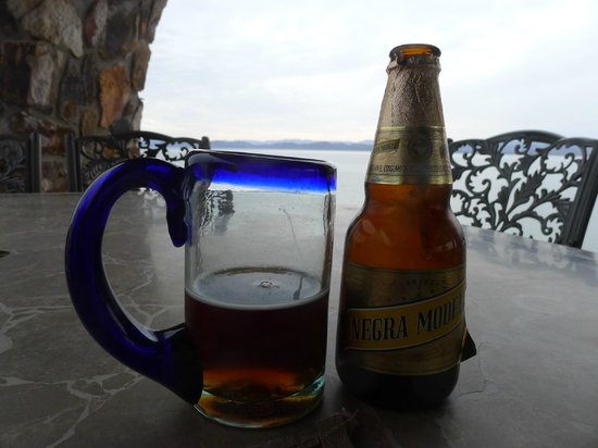 Posada de las Flores - Punta Chivato: Neat beer glass from recycled glass