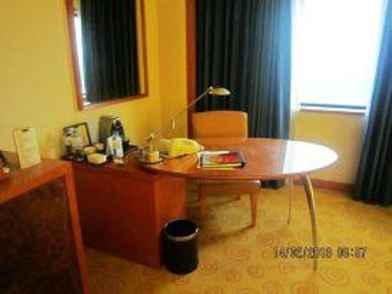 Grand Ambassador Seoul associated with Pullman:                   Working Desk @Room