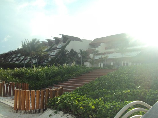 Grand Velas Riviera Maya:                   cerca del bistro                 