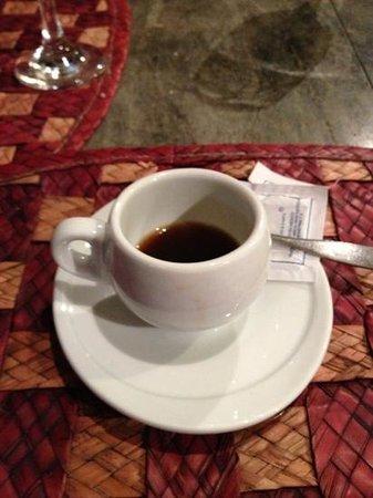 Luna de Plata . Hotel:                   un delicioso café para finalizar la cena