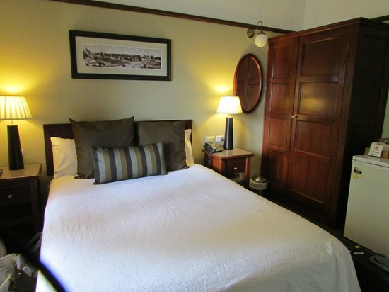 Margaret River Hotel:                                     comfortable Double bed in the master bedroom