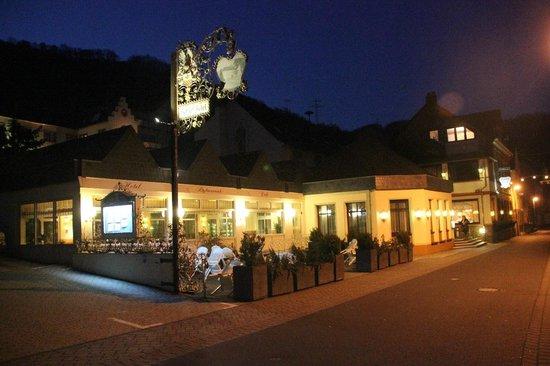 Schloss-Hotel Petry: La façade