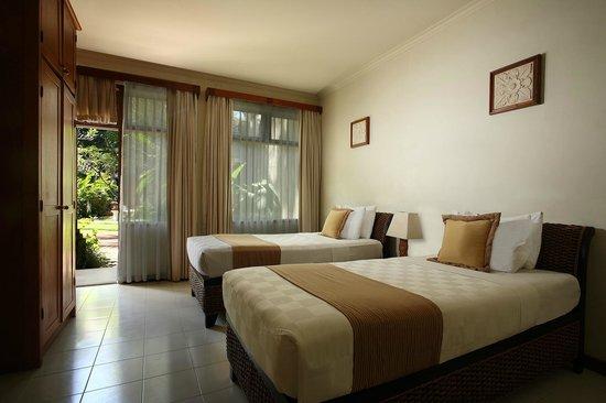 Karma Royal Candidasa : Royal Bali Beach Club Candidasa - Twin Rooms