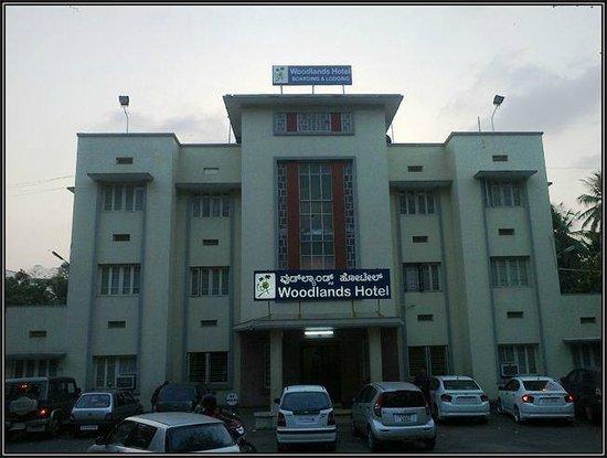 Woodlands Hotel :                   Woodlands, Mangalore