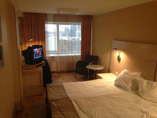 Radisson Blu Hotel Olumpia:                                     room