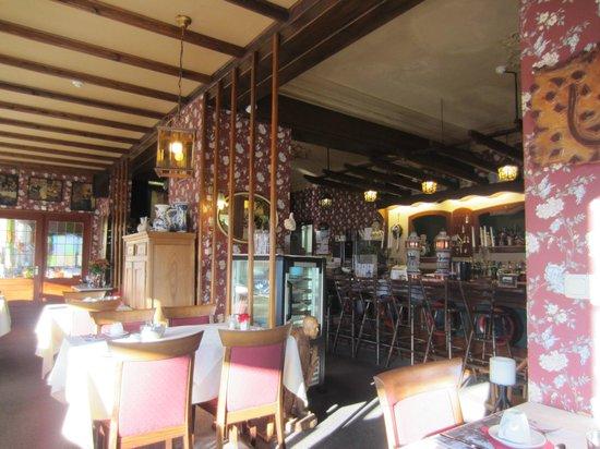 Hotel-Restaurant Vijlerhof:                   Vroeg in de ochtend