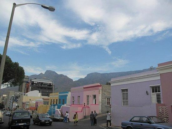 Cape Town Lodge:                   View of the hotel from Bo-Kaap