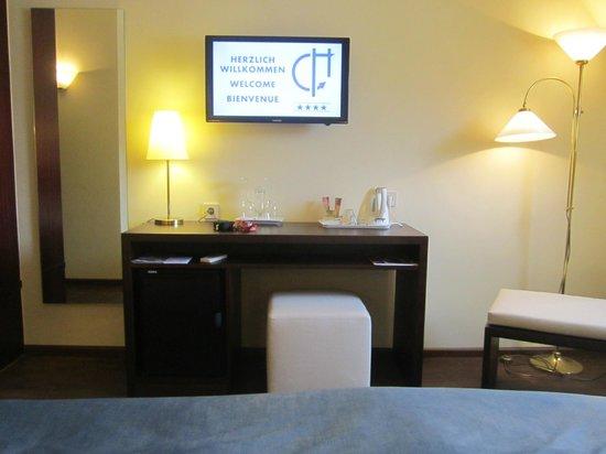 Central Hotel Freiburg: Zimmer