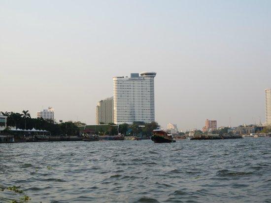 Millennium Hilton Bangkok:                   Sicht von Fluss
