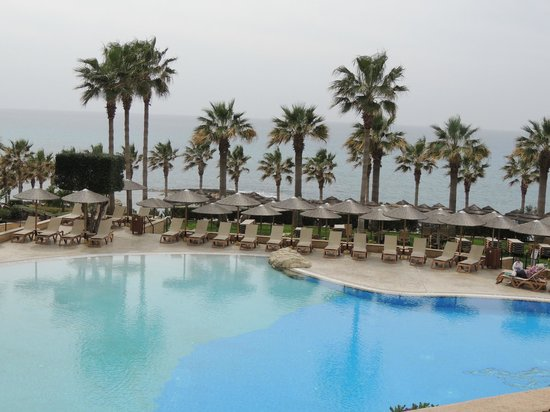Atlantica Golden Beach Hotel:                   Pool area