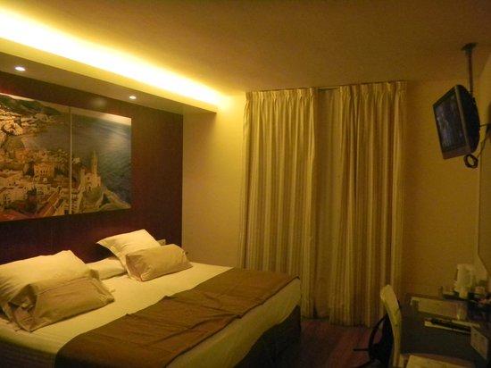 Hotel Galeón:                   superior room for a couple