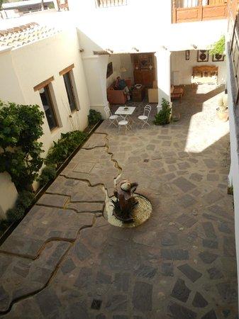 El Cortijo Hotel Boutique:                   Courtyard