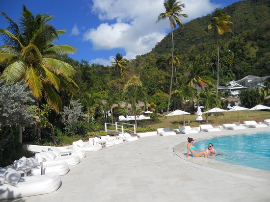 Sugar Beach, A Viceroy Resort:                                     Pool view