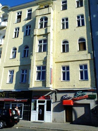 A I Hotel Königshof:                   HOTEL