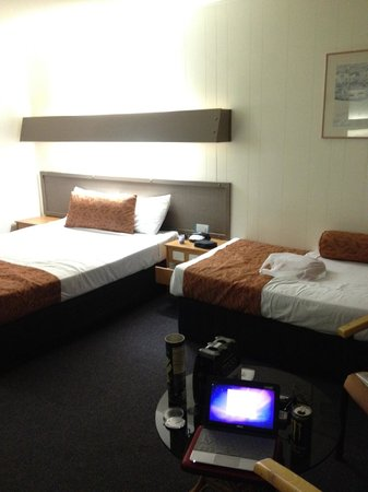 Islander Resort Hotel:                   左がレギュラー、右がエクストラベット
