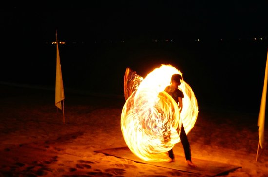 Samui Buri Beach Resort:                                     Fire show in hotel