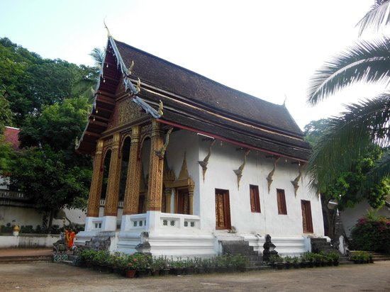 Wat Choumkhong:                   the temple