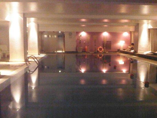 Pestana Buenos Aires Hotel:                   piscina climatizada