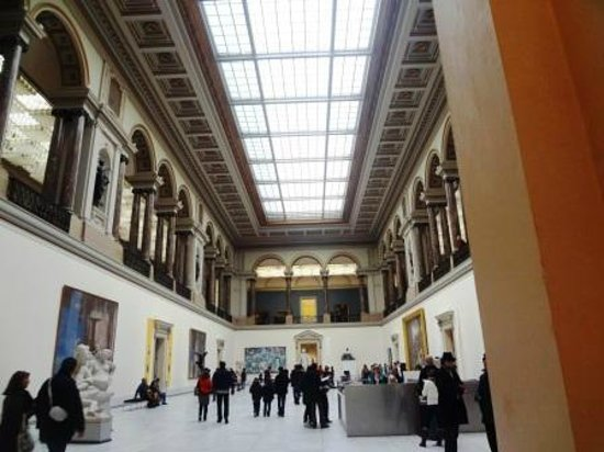 Royal Museums of Fine Arts of Belgium (Musees Royaux des Beaux Arts):                   Foyer