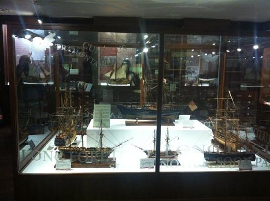Dartmouth Museum:                   great model ships of old