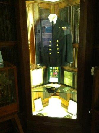Dartmouth Museum:                   medals