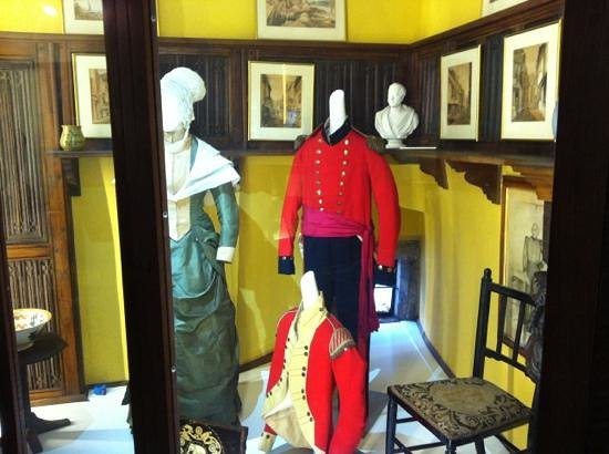 Dartmouth Museum:                   uniforms