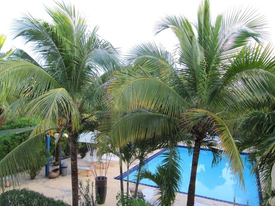 Caribbean Paradise Inn:                   View from balcony of Room 11