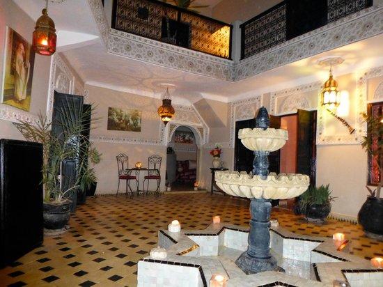 Riad El Farah:                   Courtyard