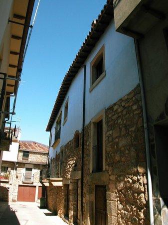 Apartamentos Rurales La Almenara: Un lugar para perderse..