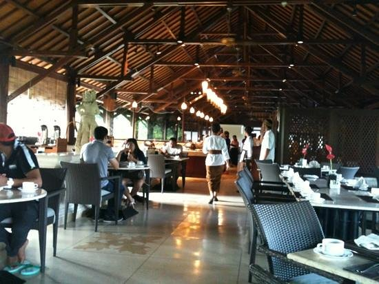 ‪‪Hotel Santika Premiere Beach Resort Bali‬:                                     breakfast area