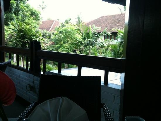 Hotel Santika Premiere Beach Resort Bali:                                     view from the breakfast table