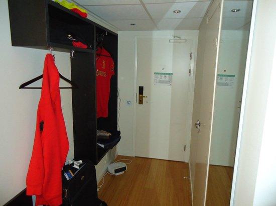 Clarion Hotel Gillet:                   Corridor